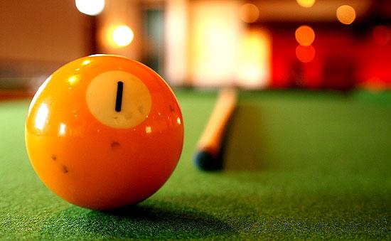 1 pool ball