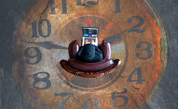 clock laptop