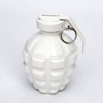 love grenade bank