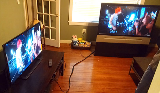 watching two tvs at the same time