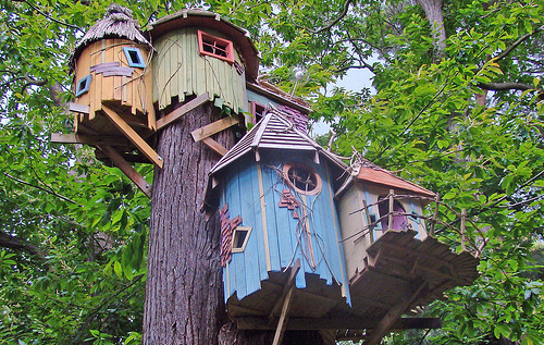 fancy treehouses