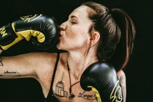 hot boxer kiss