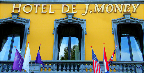hotel de j money