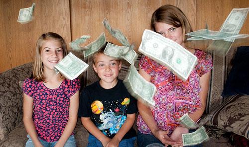kids throwing money