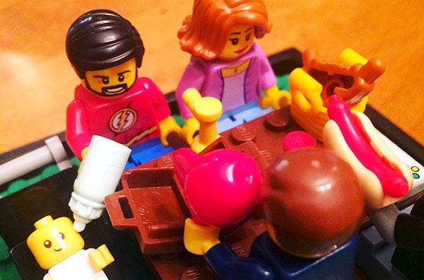 lego family - mom breadwinner