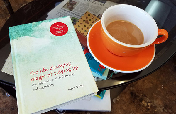 magical tidying up book & coffee