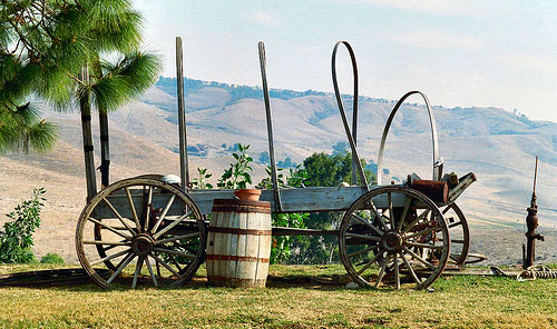 oregon trail old wagon