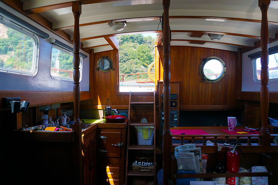 sailboat living quarters