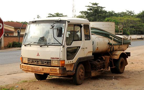 septic tank vacuum truck